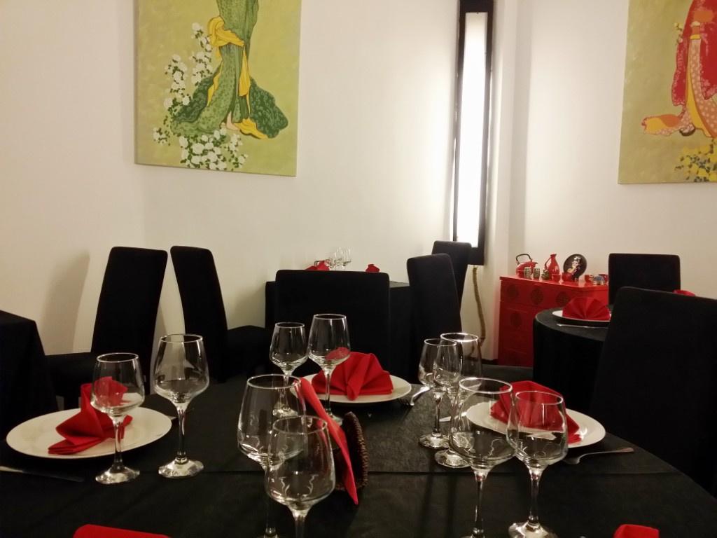 Review George Butunoiu: Cel mai bun si mai frumos restaurant chinezesc de pana acum - Foto 2 din 10