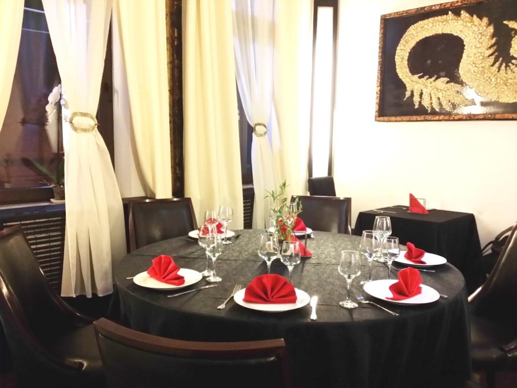 Review George Butunoiu: Cel mai bun si mai frumos restaurant chinezesc de pana acum - Foto 4 din 10