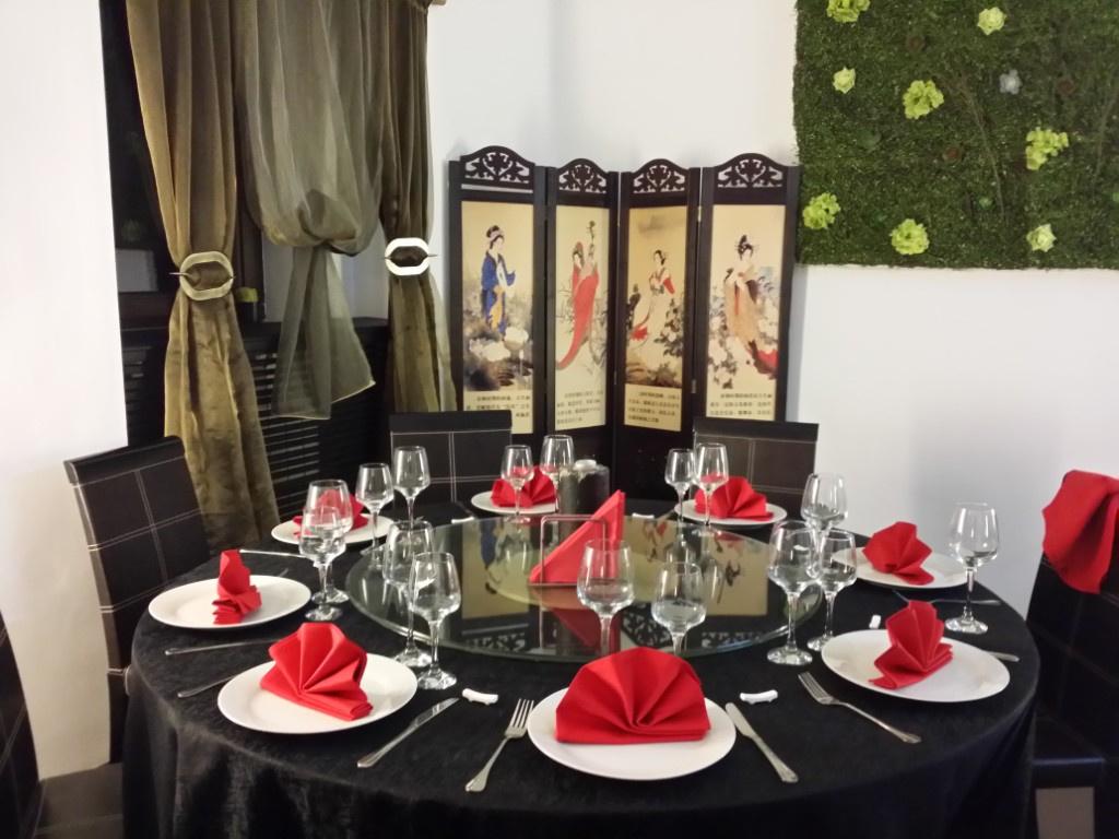 Review George Butunoiu: Cel mai bun si mai frumos restaurant chinezesc de pana acum - Foto 5 din 10
