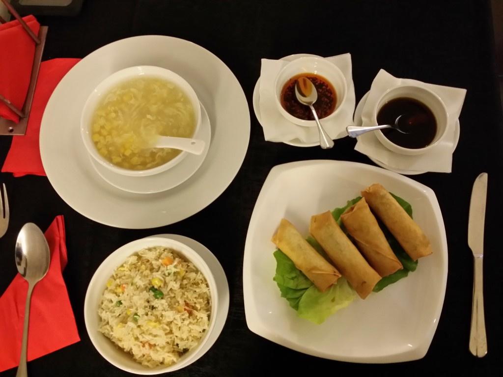 Review George Butunoiu: Cel mai bun si mai frumos restaurant chinezesc de pana acum - Foto 7 din 10