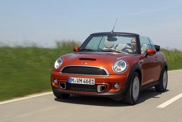 Noua gama Mini, Mini Clubman si Mini Cabriolet va fi lansata luna aceasta - Foto 1 din 3