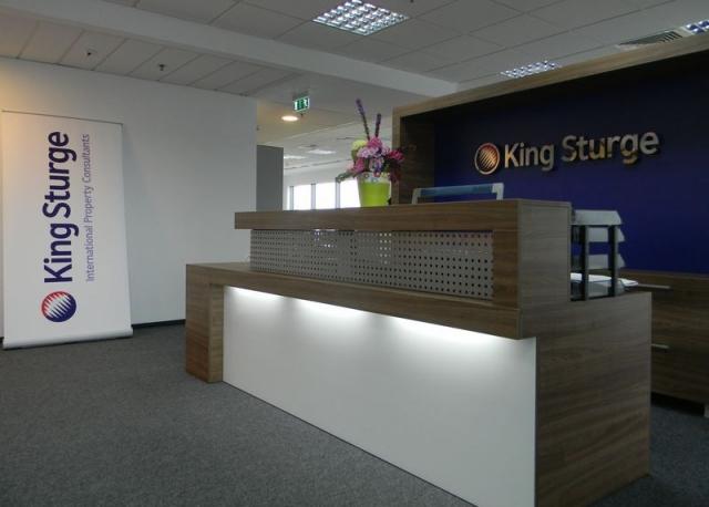 King Sturge are sediu nou in Piata Victoriei - Foto 3 din 23