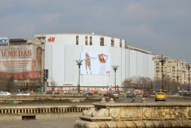 Cum se promoveaza H&M inainte de lansare [FOTO] - Foto 1 din 14