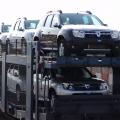 Afla cum isi transporta Dacia automobilele de la Mioveni si cat plateste pentru acestea - Foto 10