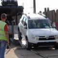 Afla cum isi transporta Dacia automobilele de la Mioveni si cat plateste pentru acestea - Foto 22