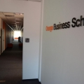 Pe coridoarele portocalii ale sediilor Orange  VIDEO - Foto 7