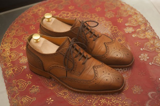 O afacere creativa: Cum sa ai propriul business cu pantofi realizati manual