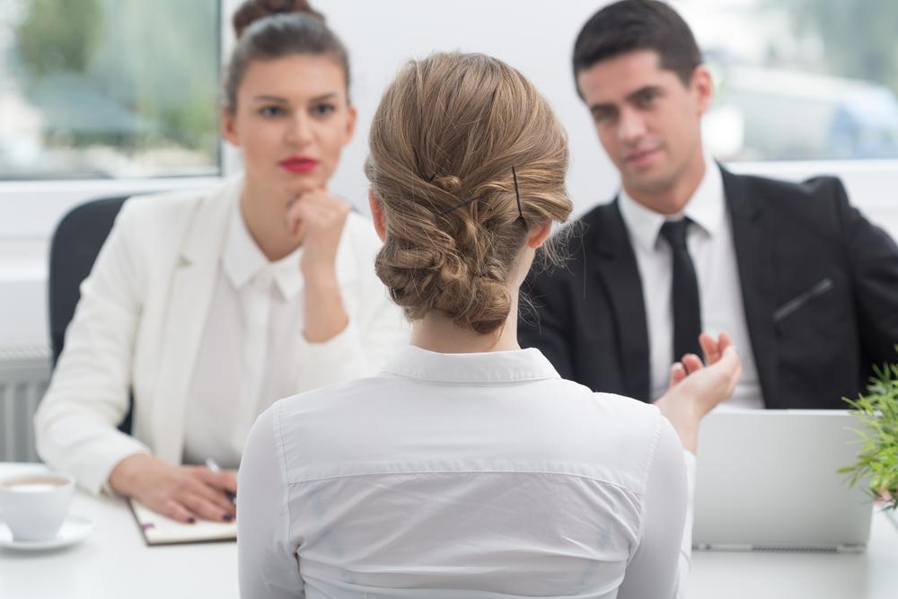 De ce vrei sa renunti la jobul actual?