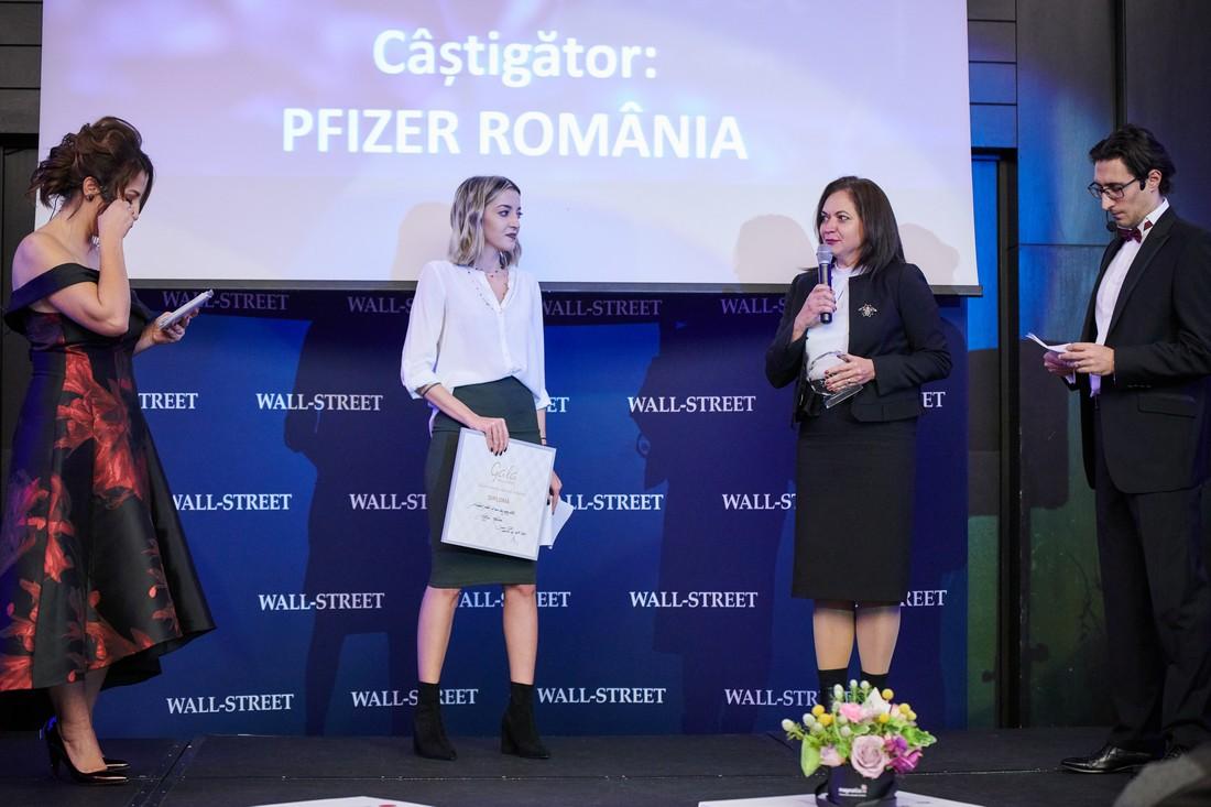 """Pfizer Romania - premiul pentru """"Cel mai bun angajator"""""""