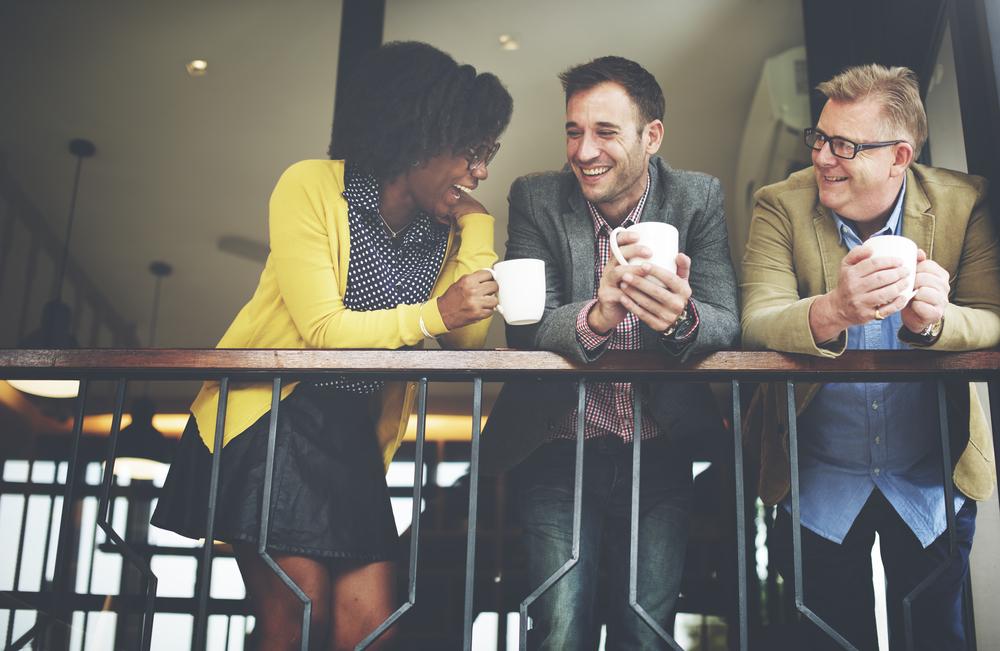 Cum ne bem cafeaua la birou astfel încât să ne păstrăm sănătatea?