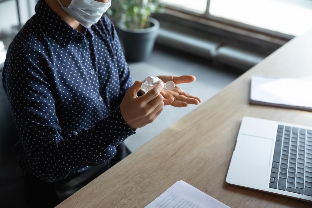 Cât de des trebuie să ne dezinfectăm la locul de muncă?