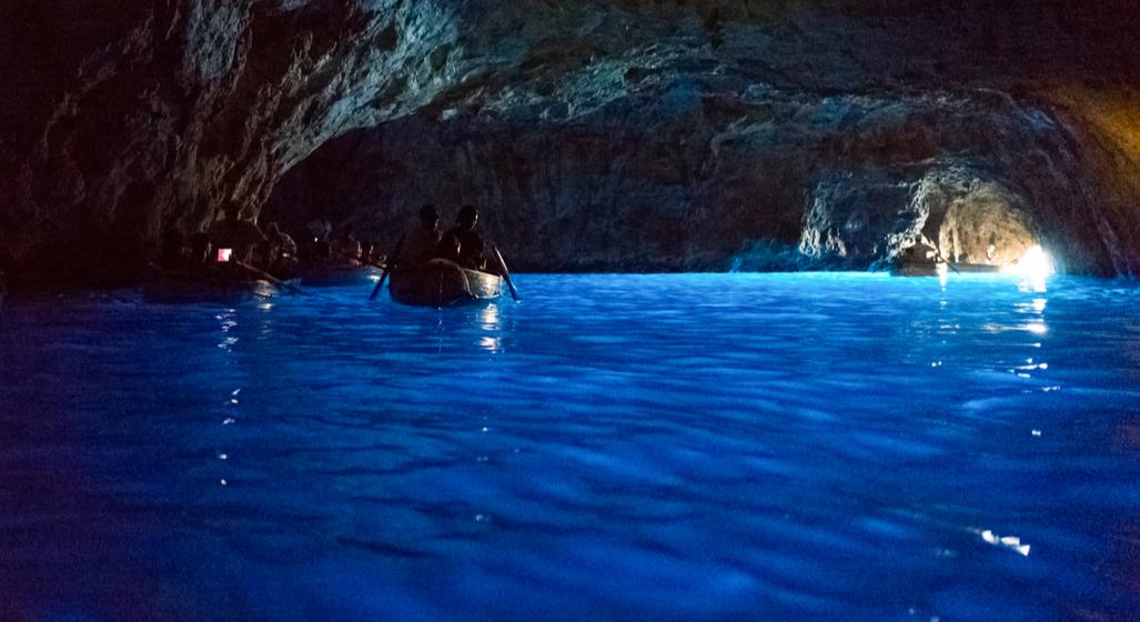 Peștera Albastră - Italia